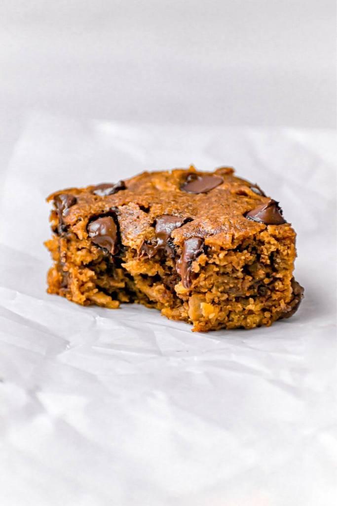 bit shot of pumpkin oatmeal bars to show fluffy texture
