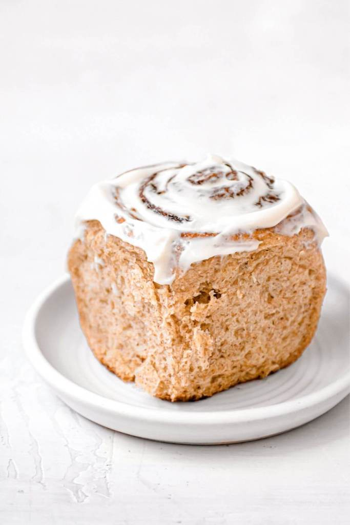 whole wheat cinnamon roll with healthy icing
