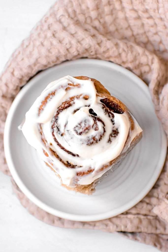 healthy cinnamon roll with greek yogurt icing