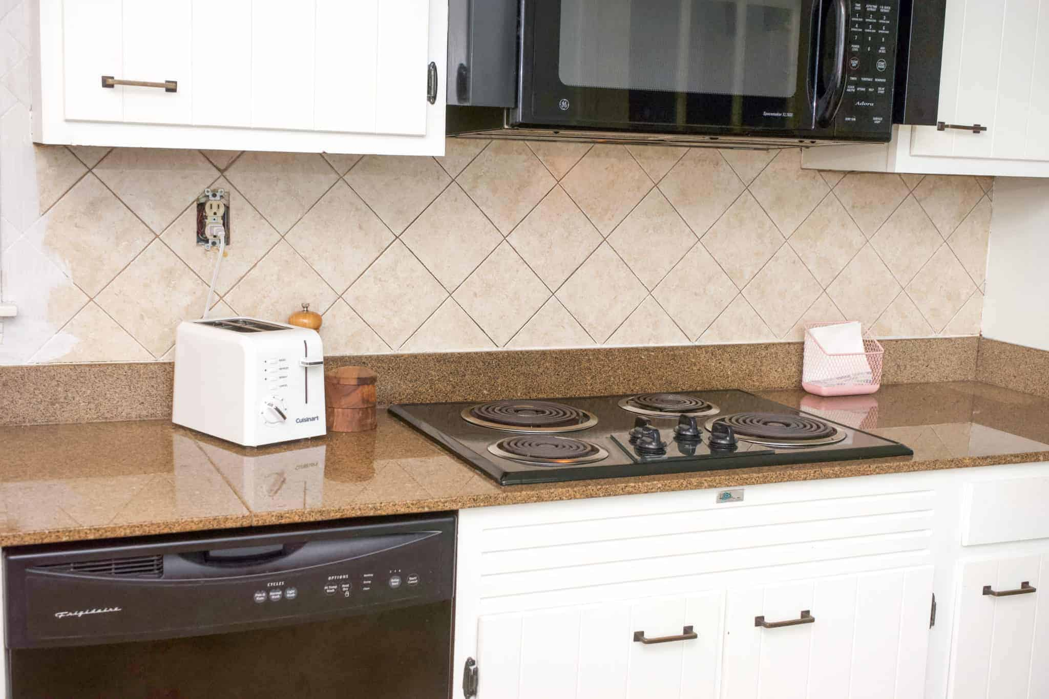 How To Paint A Ceramic Tile Backsplash Health Home And Heart