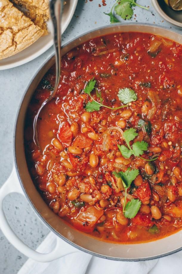 spicy vegetarian pinto bean chili