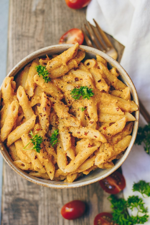 creamy roasted butternut squash and tomato pasta