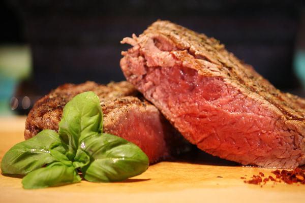 Steak perfekt braten – So gelingt's!