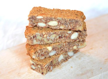 Healthy energy bar