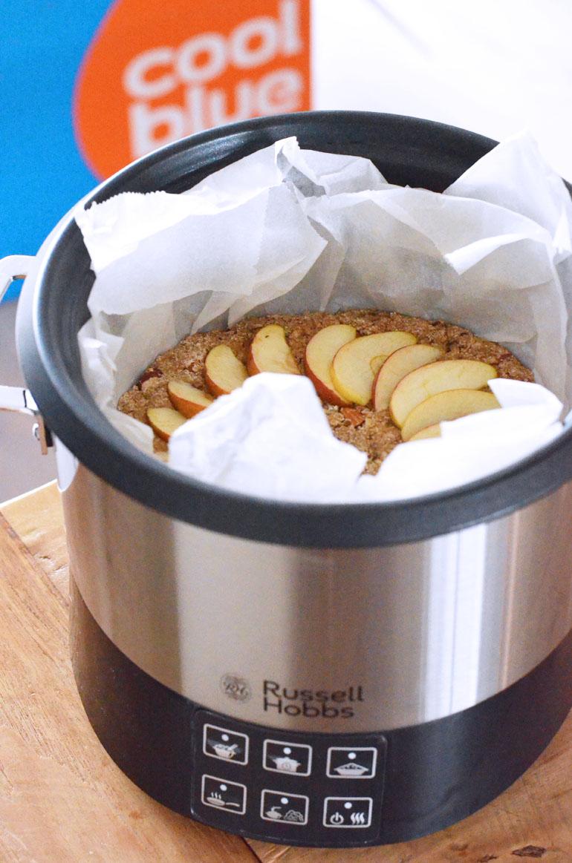 Vegan appel cake uit de slowcooker met noten