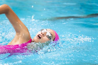 freestyle front crawl stroke by woman