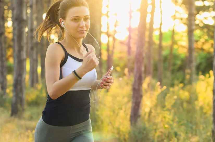 people-woman-exercise-fitness-jogging-running-earphones-music-sound