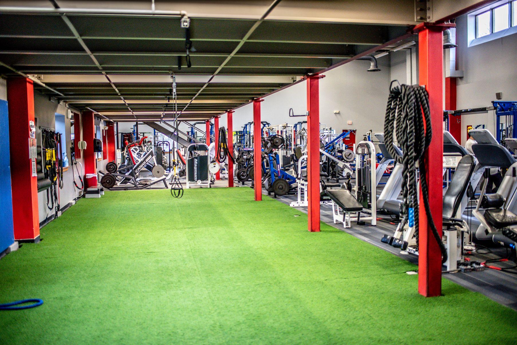 Healthplex Fitness Clifton Park NY Stretching Area