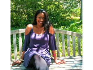 "Positive Living: How Davina ""Dee"" Conner Encourages People Diagnosed With HIV"