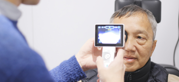 AI-Based Retinal Screening Yields Instant Results