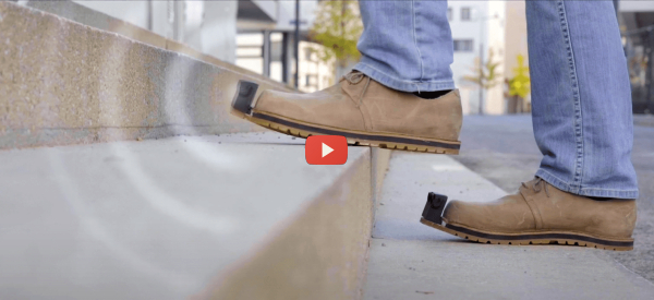 Smartshoes Detect Objects so Blind People Can Walk Handsfree [video]