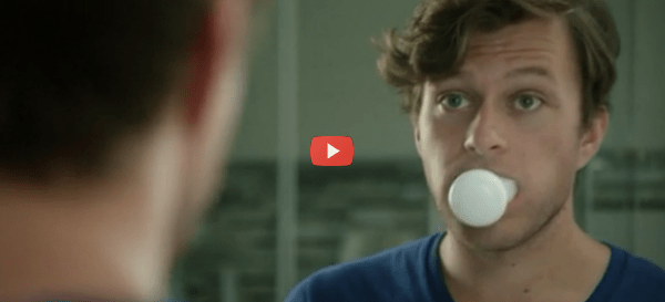 Automatic Toothbrush Cleans in 10 Seconds [video]