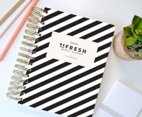 Refresh Weekly Planner 2016