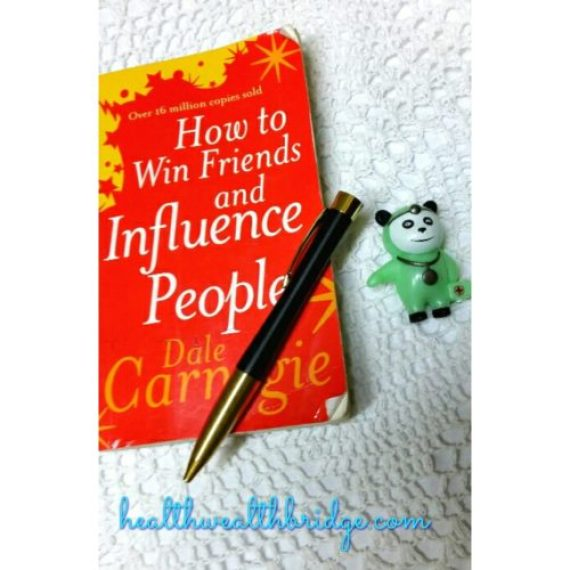 How to win friends and influence people :Dale Carnegie's book is a life book