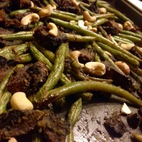 Oven Roasted Green Beans and Mushrooms with Cashews