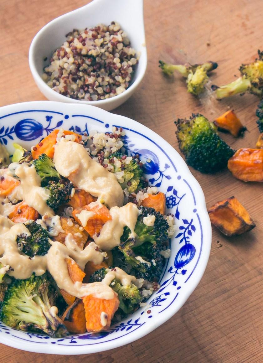 Süßkartoffel- Brokkoli 2 Pfanne mit Miso Dressing_healthy soulfood_paleo