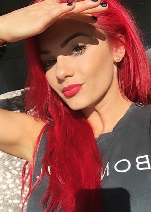 Dianne Buswell Height Weight Age Body Statistics