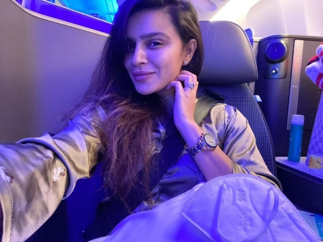 Aashka Goradia as seen while taking a selfie