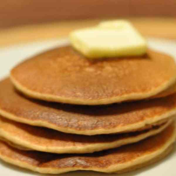 Quick 5-Minute Gluten Free Blender Pancakes