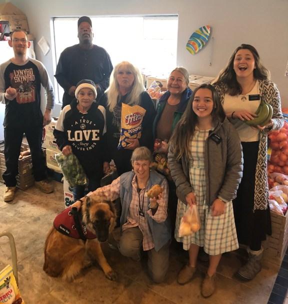 dayton food pantry volunteers