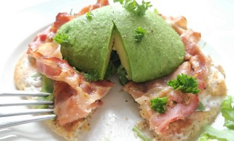 low carb breakfast as part of a healthy lifestyle #lowcarbbreakfast #healthylifestyle #detox