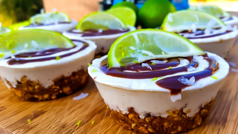 RAW KEY LIME PROTEIN CUP CAKE PIE RECIPE