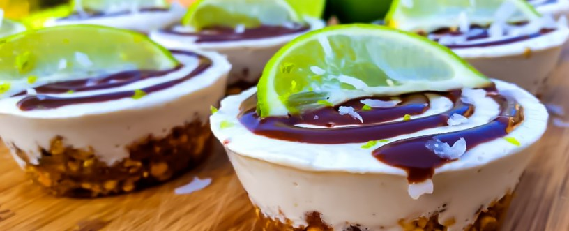 RAW KEY LIME PROTEIN CUP CAKE PIES