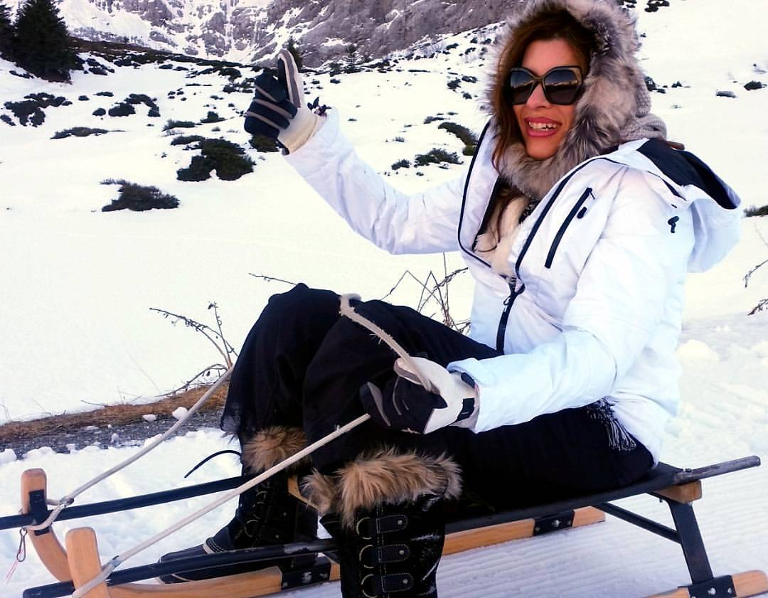 sledging in grindelwald, christmas in the alps