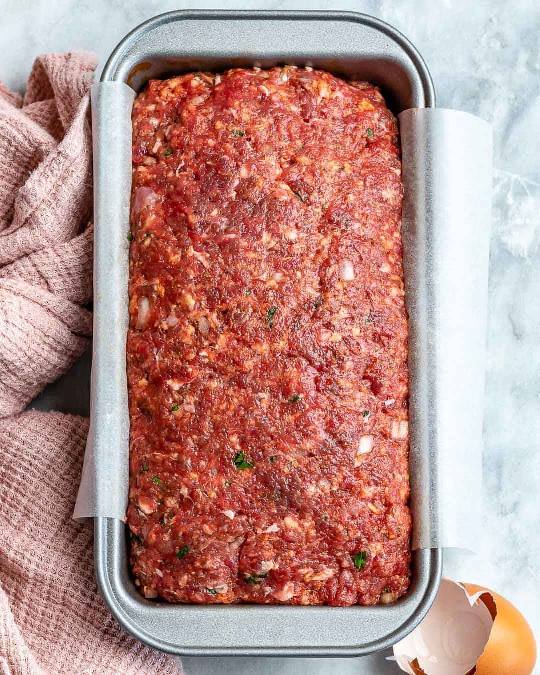 easy meatloaf recipe with beef and breadcrumbs