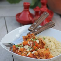 Slow cooked chicken, apricot & chickpea tagine