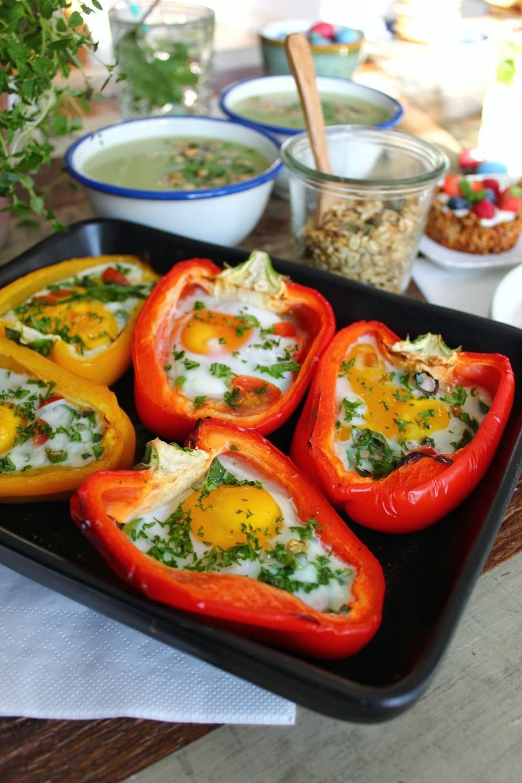 Paprika's gevuld met ei Pasen