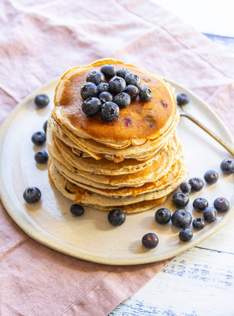 easy 3 ingredients vegan pancakes