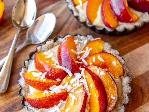 raw nectarine tart