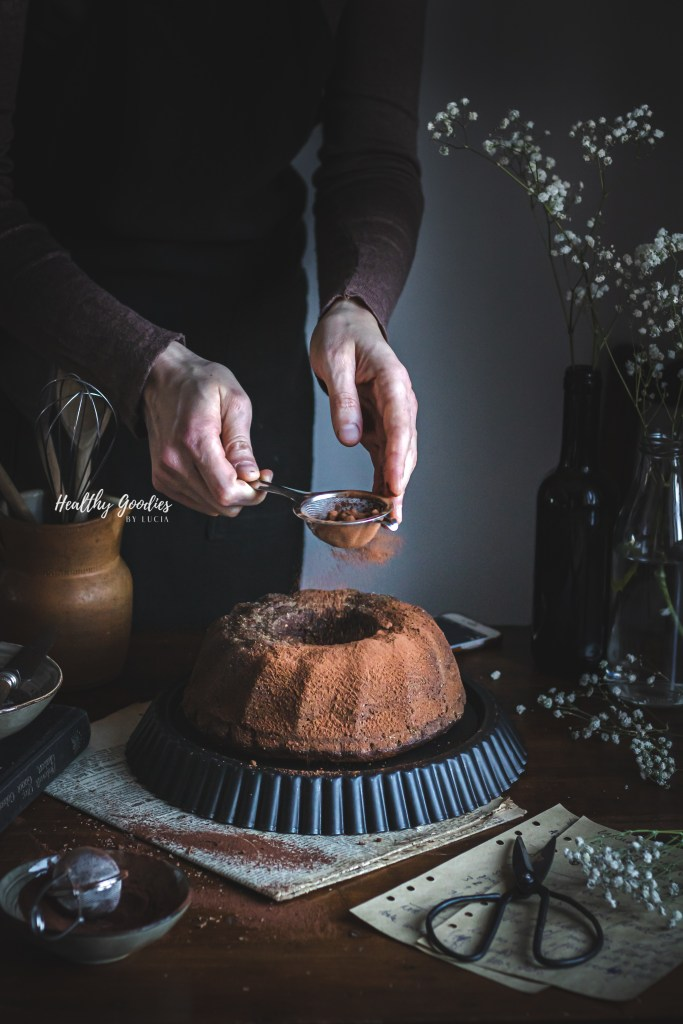 Whole wheat spelt bundt chocolate cake | Healthy Goodies by Lucia Marecak