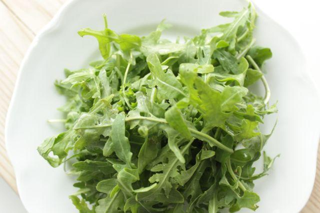 arugula - healthy but be careful - www.healthyhappysteffi.com