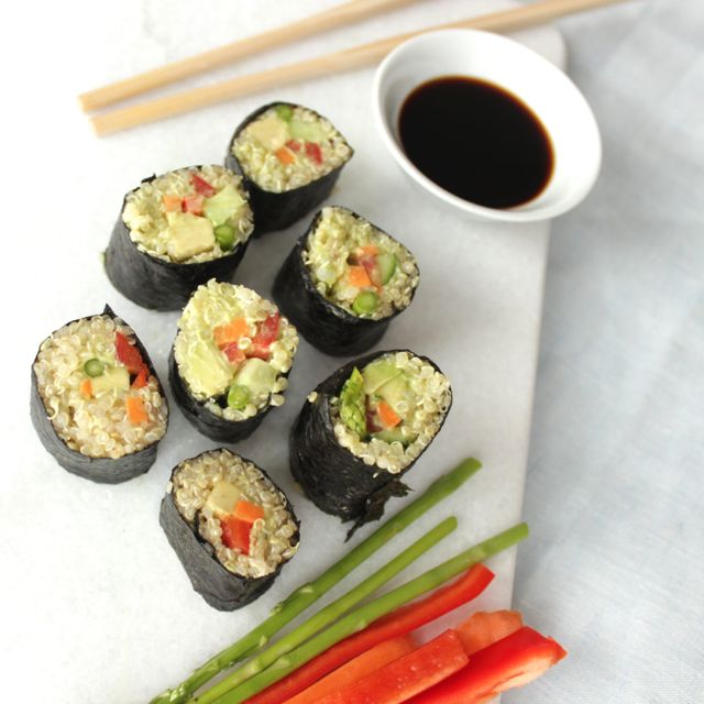 quinoa sushi - full of protein - vegan and glutenfree - www.healthyhappysteffi.com