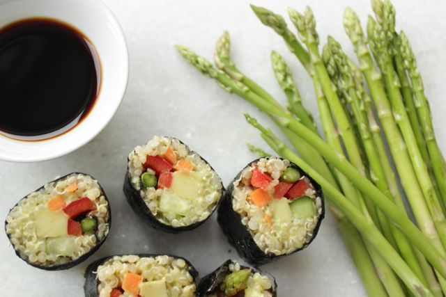 quinoa sushi - full of protein, vegan and glutenfree - www.healthyhappysteffi.com