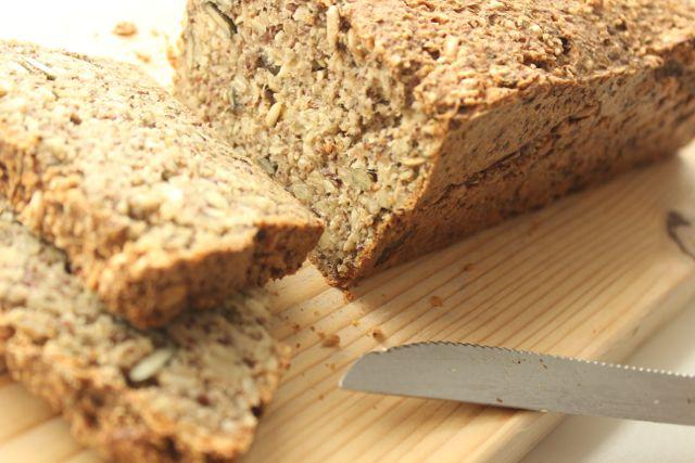 Superbread - gluten free and vegan - www.healthyhappysteffi.com