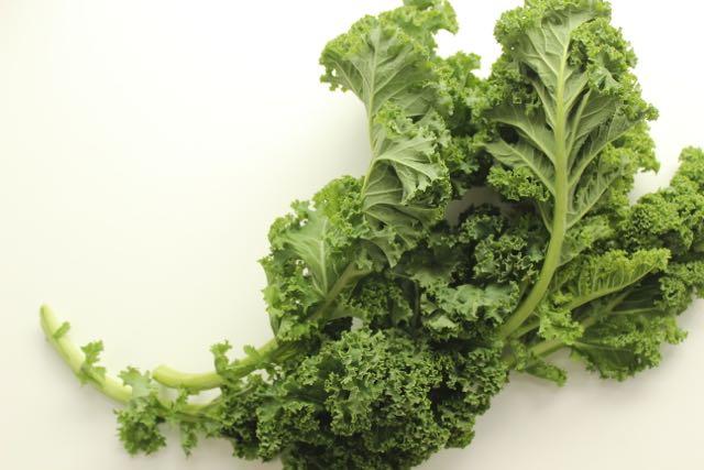 health facts kale - www.healthyhappysteffi.com