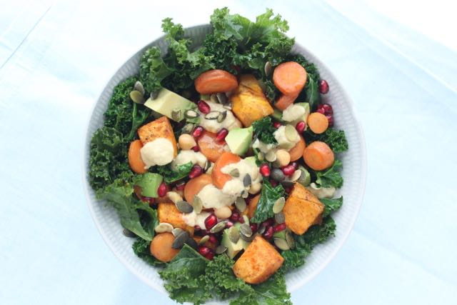 Kale-sweet potato-salad - www.healthyhappysteffi.com