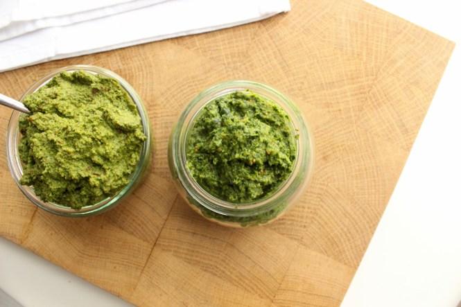 Grünkohl-Pesto in zwei Varianten - vegan