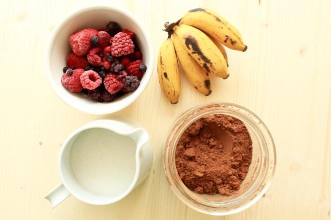 Zutaten für leckeres zuckerfreies und veganes Eis am Stiel