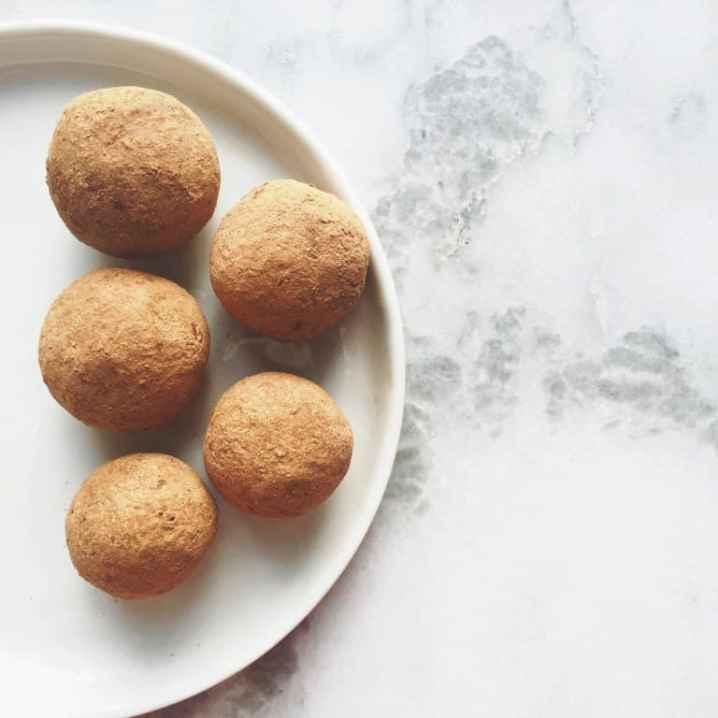 4 Ingredient Cacao Coconut Date Balls   Healthy Helper @Healthy_Helper