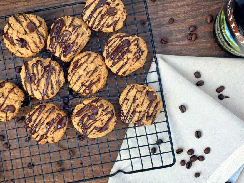 Bailey's Chocolate Chip Cookies | Healthy Helper @Healthy_Helper