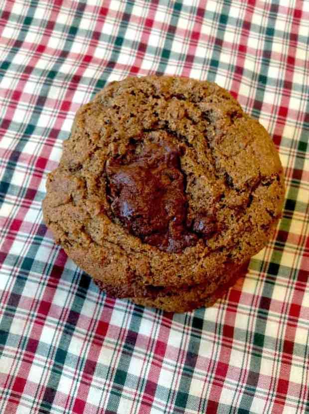 Chocolate Kissed Gingerbread Cookies | Healthy Helper @Healthy_Helper