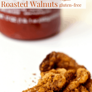 Oil-Free Sriracha Roasted Walnuts | Healthy Helper @Healthy_Helper Deliciously spicy and savory roasted walnuts! Perfect for munching on during snack time or for a quick boost of energy during the day. These Sriracha Roasted Walnuts are oil-free, gluten-free, and vegan!