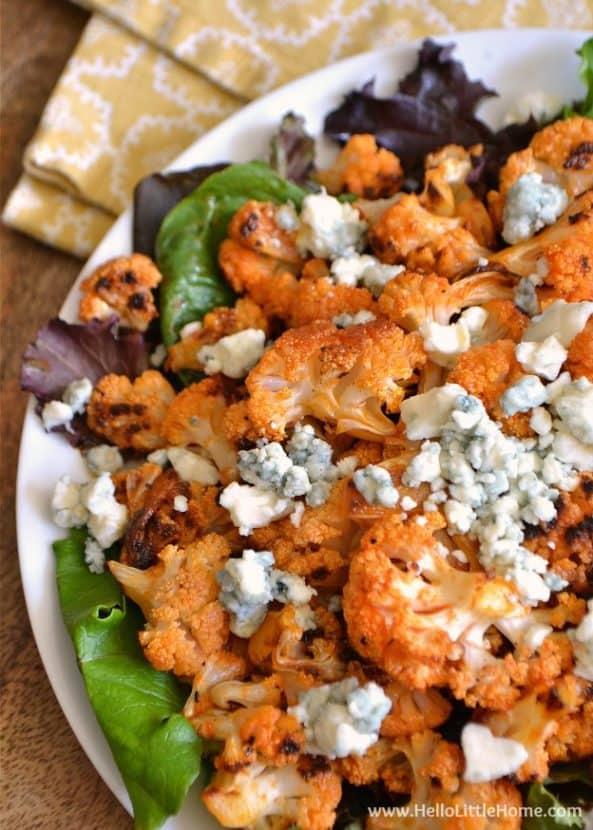 Spicy Buffalo Cauliflower Bites with Blue Cheese | Healthy Helper @Healthy_Helper