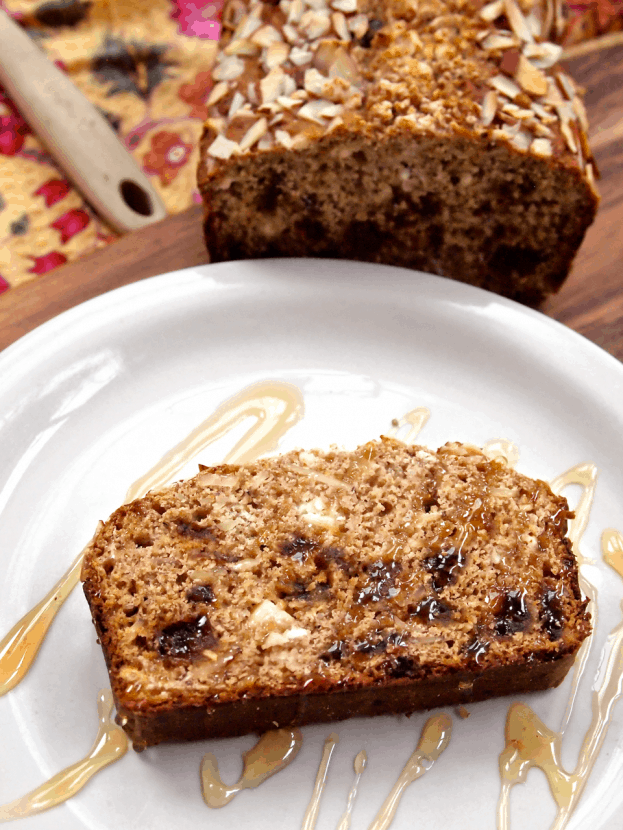 Honey Vanilla Almond Bread with Dates and Goat Cheese | Healthy Helper @Healthy_Helper