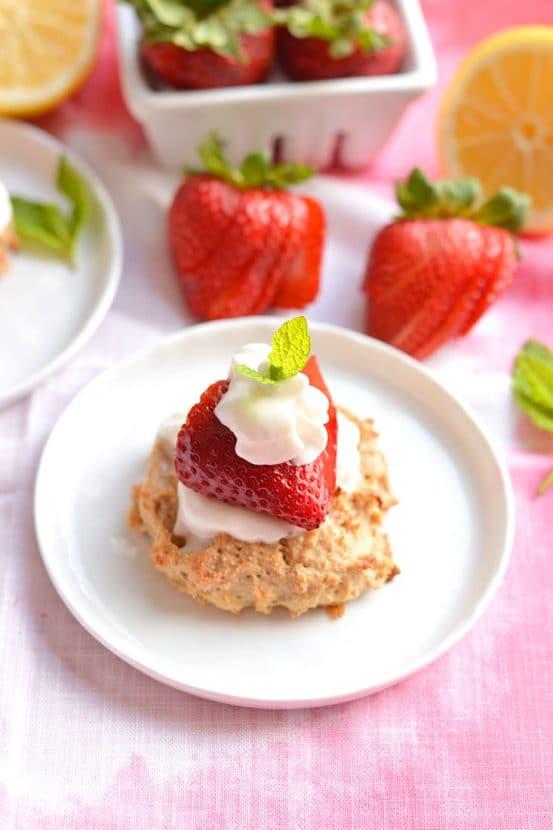 Skinny Strawberry Shortcake | Healthy Helper @Healthy_Helper