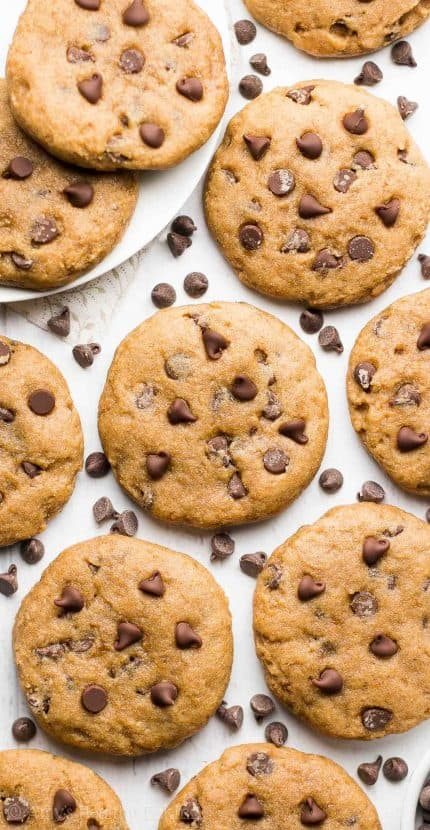 27 Healthy Chocolate Chip Cookie Recipes | Healthy Helper @Healthy_Helper The ULTIMATE roundup of Healthy Chocolate Chip Cookie Recipes for all you cookie monsters out there. The perfect resource when you're craving the classic all-American treat made with more wholesome ingredients!